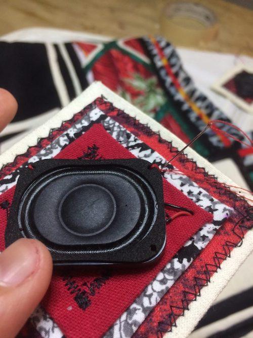 bocinas-activismo-textil
